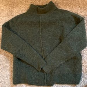 Universal Thread Mock Turtleneck Pullover Sweater